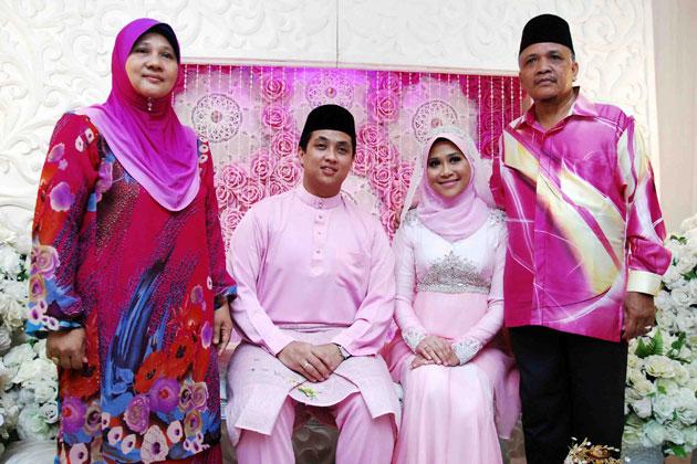 Gambar Pertunangan Akma AF & Farih Hamshi 3