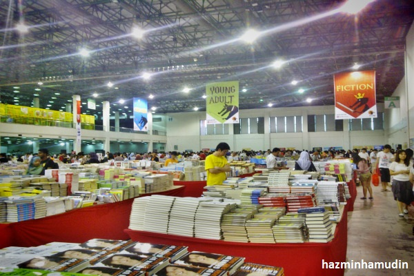 Big Bad Wolf Sale 2012 Di MIECC