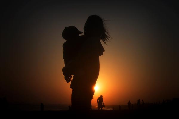 Hukum Menyambut Hari Ibu