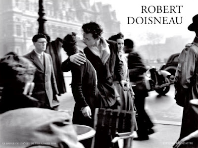 Robert Doisneau Le Baiser De L Hotel De Ville Paris 1950