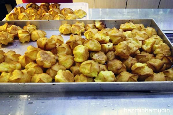 Taste Batter Durian Puff The Mines (2)